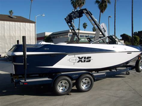 Axis Malibu Boats by New Boat Sales Southern Ca Malibu Chaparral Axis