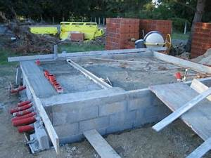 dalle beton du local technique debut faire une piscine With construire une piscine en beton soi meme