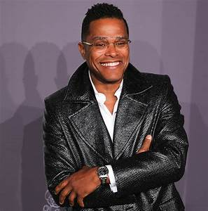 Singer Maxwell Launches One-Day Music Fest in NYC With a ...  Maxwell