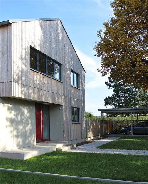 Einfamilienhaus Preisgekroente Holzfassade by 17 Best Ideas About Modern Carport On Carport