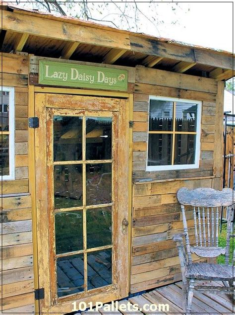 candi   build  log shed  pallets