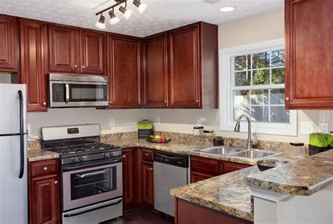 paint colors for kitchens with cherry cabinets kitchen paint colors with cherry cabinets pictures home 9684