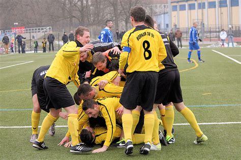 Neustart Rueckzug Die Gemeinsamkeit by Sport Im Verein Bornaer Sv 91 E V H 246 Hen Und Tiefen