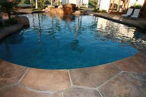 Stamped Concrete - Flagstone Re-creation - Traditional