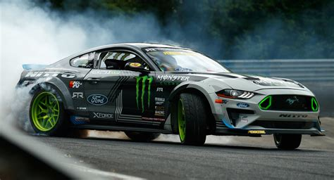 Ford Mustang Drift Nuerburgring by Ford Mustang Rtr Becomes The Car To Drift The Entire