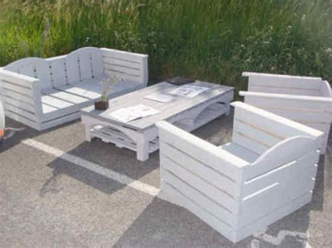 canap exterieur palette fabriquer un canape en palette maison design bahbe com
