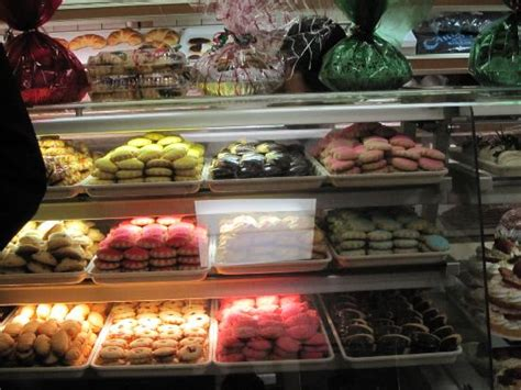 display case  cakes picture  carlos bakery hoboken