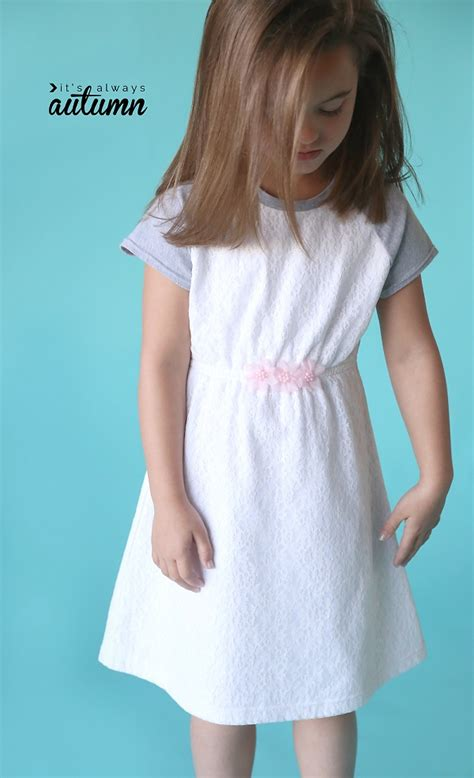 pattern play  day dress  raglan sleeves sewing