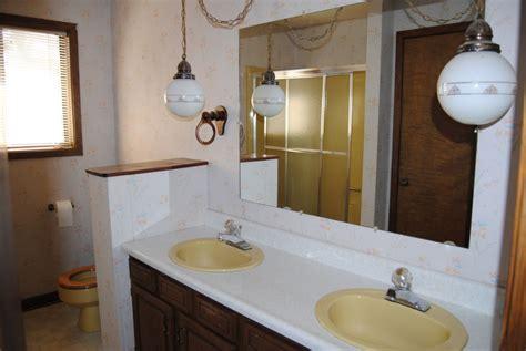 demolish  bathroom   remodel  vista