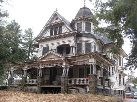 Old House, Located At 75 Depot Street In Fleischmanns, Ny