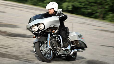 Review Harley Davidson Cvo Road Glide by 2009 Harley Davidson Cvo Road Glide Review