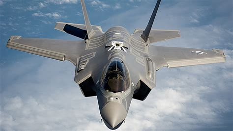 Australia Should Buy F-22s, Not F-35s, Says Retired RAAF ...