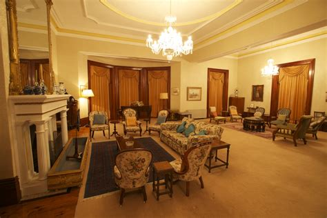 Filejimbour House  Inside  Living Room 1jpg