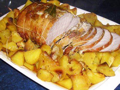 cuisiner les abats d agneau rôti de porc à la boulangère la recette facile par