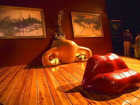 salvador dali mae west lips sofa 1937 art 150