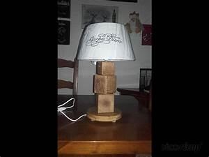 Lampe En Palette : lampe en palettes recycl par palcreassion ~ Voncanada.com Idées de Décoration