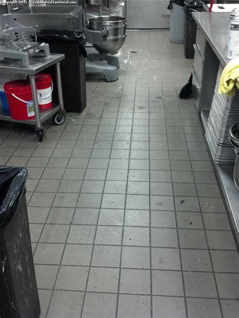 tile for restaurant kitchen floors restaurant kitchen floor home decorating ideas 8490