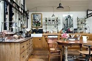 decoration cuisine ma cuisine aux airs de brocante With idee deco cuisine avec grand objet deco