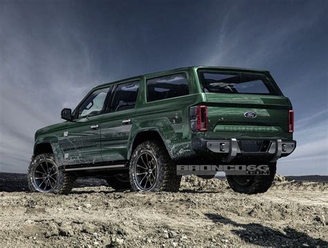 2020 Ford Bronco Shows Jeep Wrangler Proportions, Tailgate