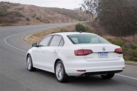 2016 Volkswagen Jetta Sedan Review & Ratings