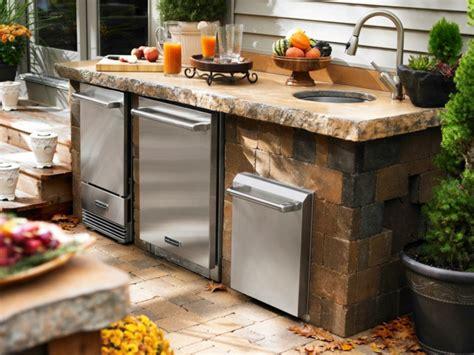 diy outdoor kitchen designs am 233 nagement cuisine ext 233 rieure id 233 es et conseils 6871