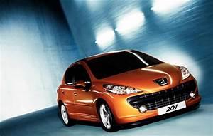 Renault 207 : reine de france 2008 la peugeot 207 devance encore la renault clio ~ Gottalentnigeria.com Avis de Voitures