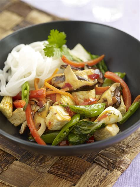 sweet chilli tofu stir fry