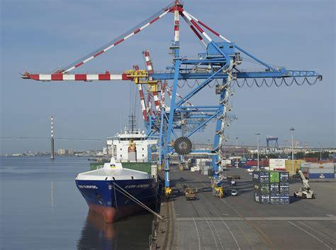 port nantes nazaire en 10 ans pr 232 s de 24 000 233 coliers ont d 233 couvert le port de nantes nazaire mer et marine