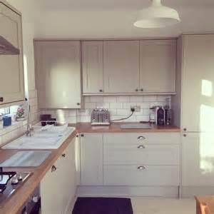 kitchen unit ideas best 20 light grey kitchens ideas on grey diy kitchens grey kitchen interior and