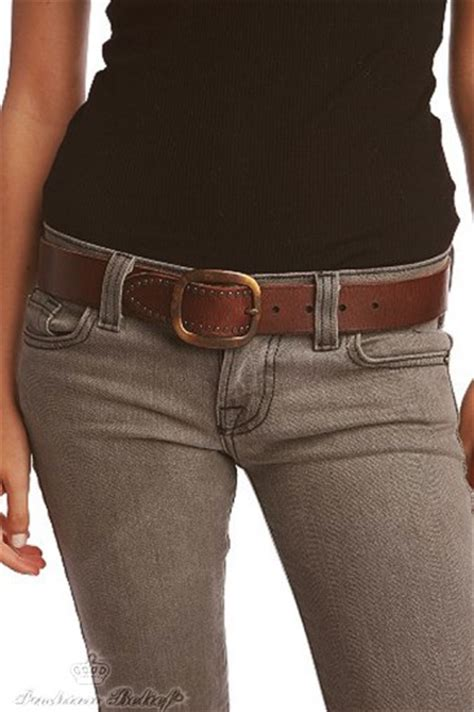 What type of belt is best for jeans   Fashion Belief