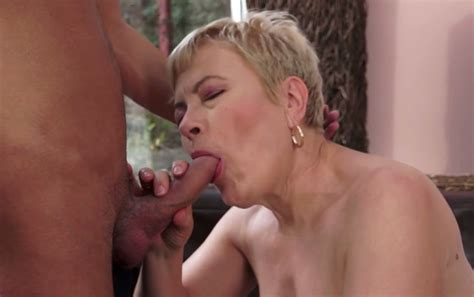 Dissolute Mature Bitch Ursula Grande In Hot Foreplay With