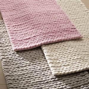 Tapis Descente De Lit : descente de lit diano pure laine effet tricot tapis pinterest descente de lit la ~ Teatrodelosmanantiales.com Idées de Décoration