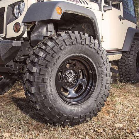 17x9 Steel Wheel  0717 Wranglers 1550078
