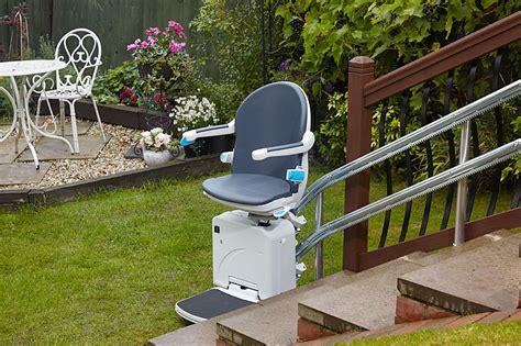 chaise monte escalier vente de sièges monte escalier pas cher à lyon aratal