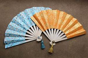 How to Make Japanese Fans : DIY Paper Crafts - Sad To