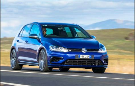volkswagen golf  release date  review