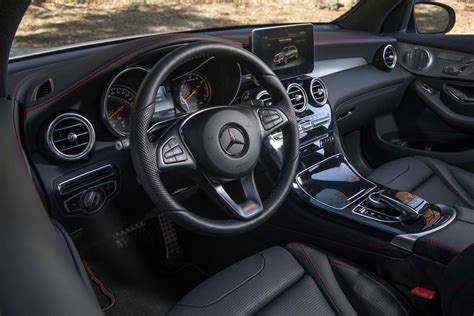 Hybrid, colors, kawasaki, interior, range rover, luxury, motorcycles, bentley, jaguar, koenigsegg, ducati, car, review, land rover, alfa romeo, mitsubishi, & more no network requests is the new 2020 mercedes benz glc 300 a better luxury suv? 2017 Mercedes-Benz GLC-Class Reviews and Rating | Motor ...