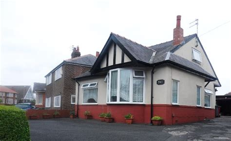 4 Bedroom Bungalow For Sale In Preston Old Road, Blackpool