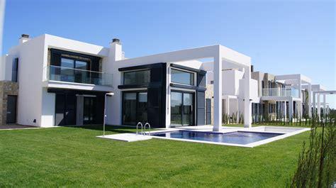 Moderne Haus Villa by Moderne Villen