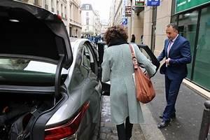 Emploi Chauffeur Privé : le luxe la lexus voyage avec chauffeur petits fours et reveal de la es ~ Maxctalentgroup.com Avis de Voitures