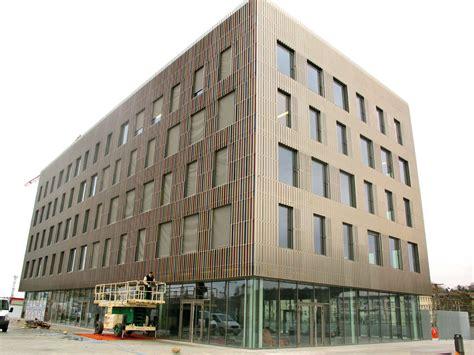siege macif le chrome immeuble aux reflets changeants et bient 244 t