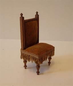 Antike Stühle Jugendstil : antiker stuhl gr nderzeit um 1900 puppenstube ~ Michelbontemps.com Haus und Dekorationen