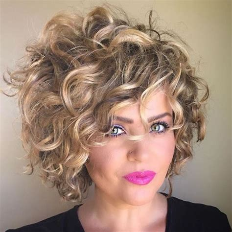 trendy curly hairstyles  women