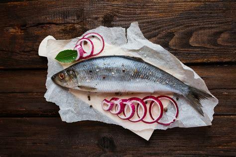 cuisiner le hareng frais cuisiner hareng recette avec hareng régal
