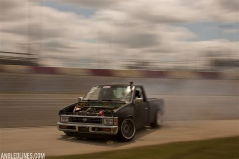 nissan hardbody drift nissan d21 drift truck