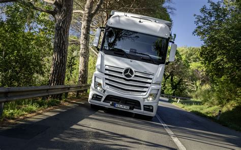 wallpapers mercedes benz actros   truck