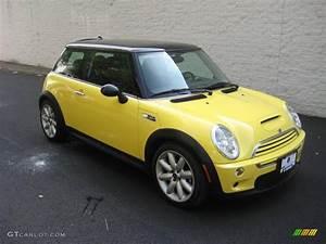 Mini Cooper 2003 : 2003 liquid yellow mini cooper s hardtop 15781873 car color galleries ~ Farleysfitness.com Idées de Décoration