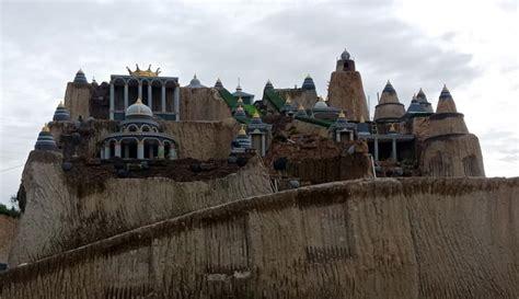 Istana pasir ini adalah hasil dari para penambang pasir di kota cilegon dengan menyisakan sedikit tanah untuk dibuat replika istana. Tiket Masuk Istana Pasir Cilegon / 36 Tempat Wisata Di ...