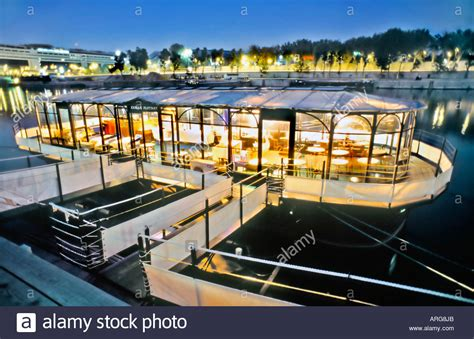 Marina Boat Restaurant by Moored Quot Peniche Boat Quot Restaurant On Seine