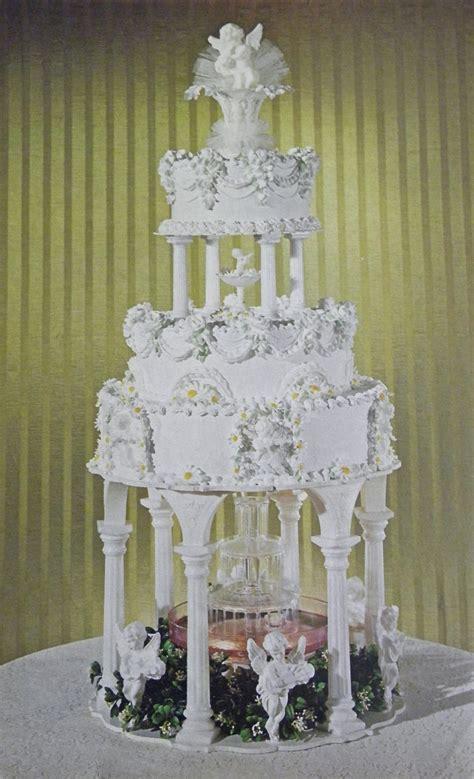good   david vintage wilton wedding cakes